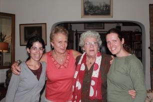 Angèle, Anula, Theresa et Tanya