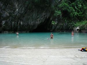 Emeral Cave