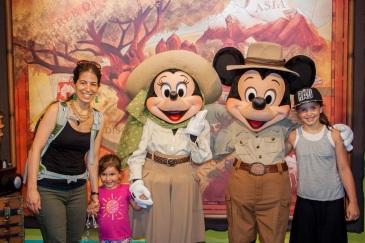 Avec Mickey et Minnie