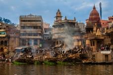 Manikarnika depuis le Gange