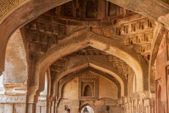 Intérieur d'un mausolée