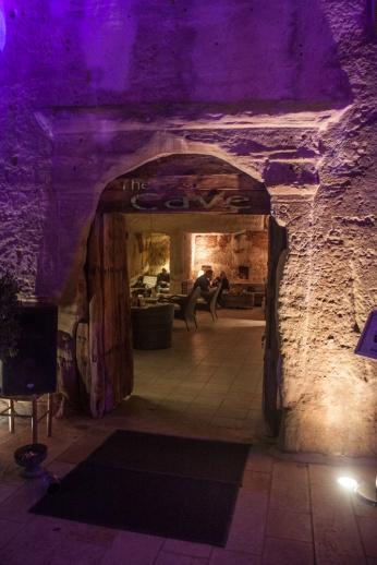 Le Cave Bar